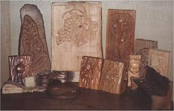 Artistic objects in wood