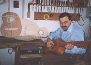 Domenico Campitiello in the workshop testing a chitarra battente